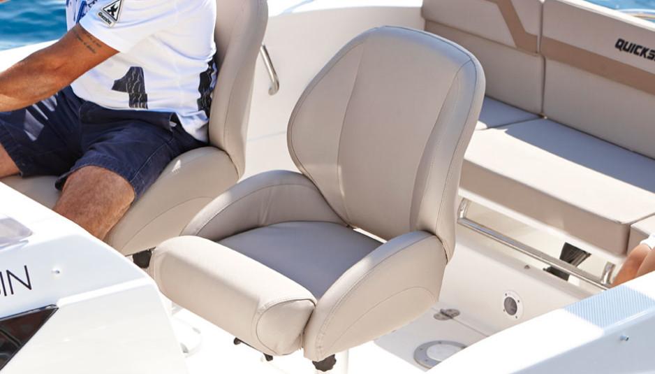 quicksilver-455-cabin_9-938x535