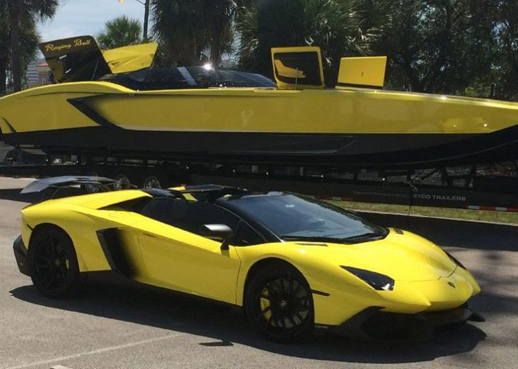 Lamborghini-Offshore-Raging-Bull
