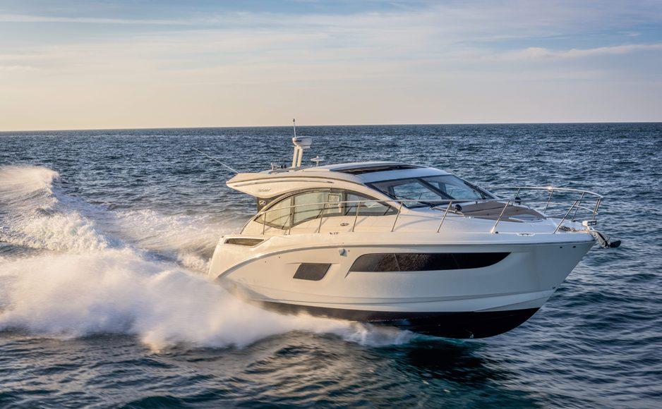 Sea-Ray-400-Sundancer-Navigazione-1-938x580