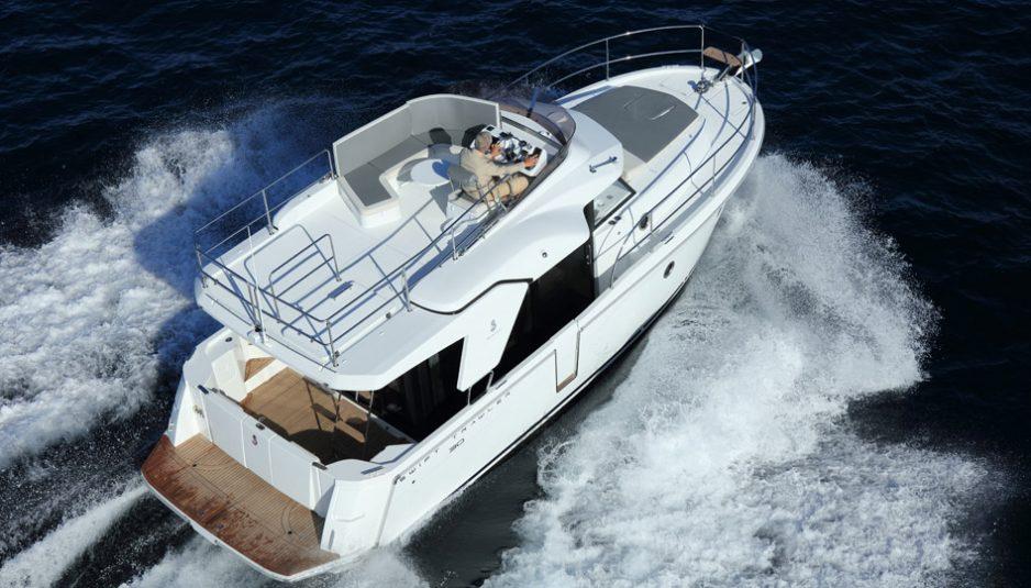 Beneteau-Trawler-30_11-938x535