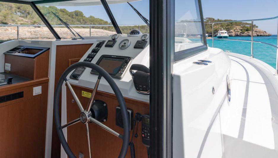 Beneteau-Trawler-30_5-938x535