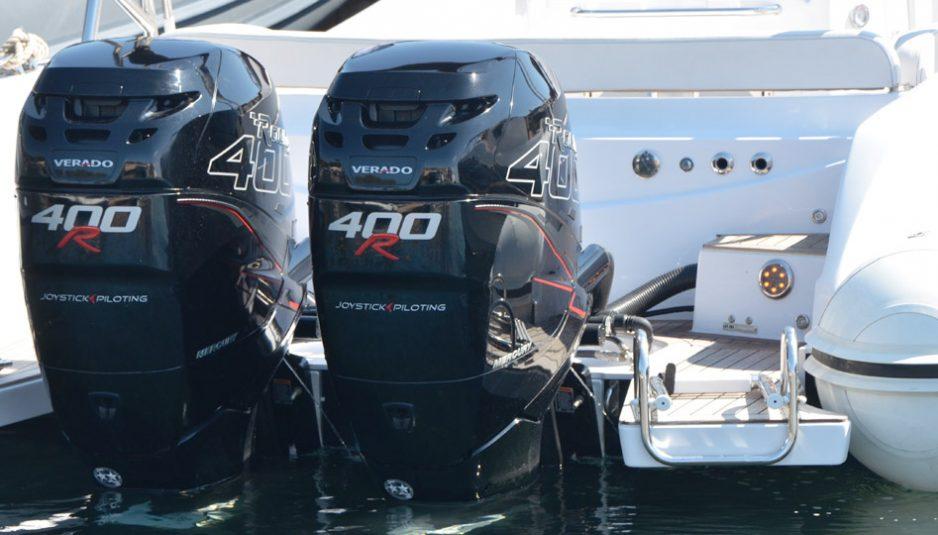 Black Fin 10 Elegance with Verado 400 R is a true racer