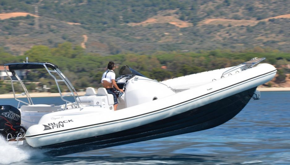 Black Fin 10 Elegance with Verado 400 R is a true racer - Boatmag