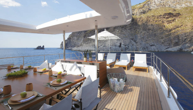 Benetti Mediterraneo 116'_exteriors (3)