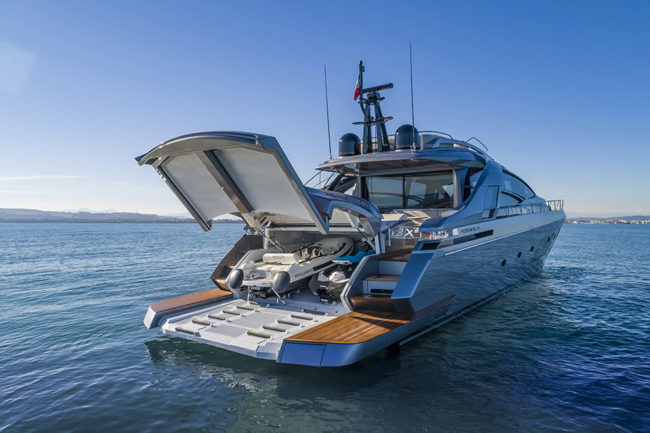New in 2019: Pershing 8X is comfort and innovation at 48 knots