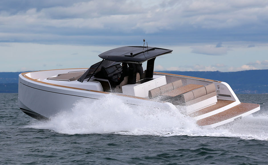 Pardo 38: the fast cruiser can be glamour