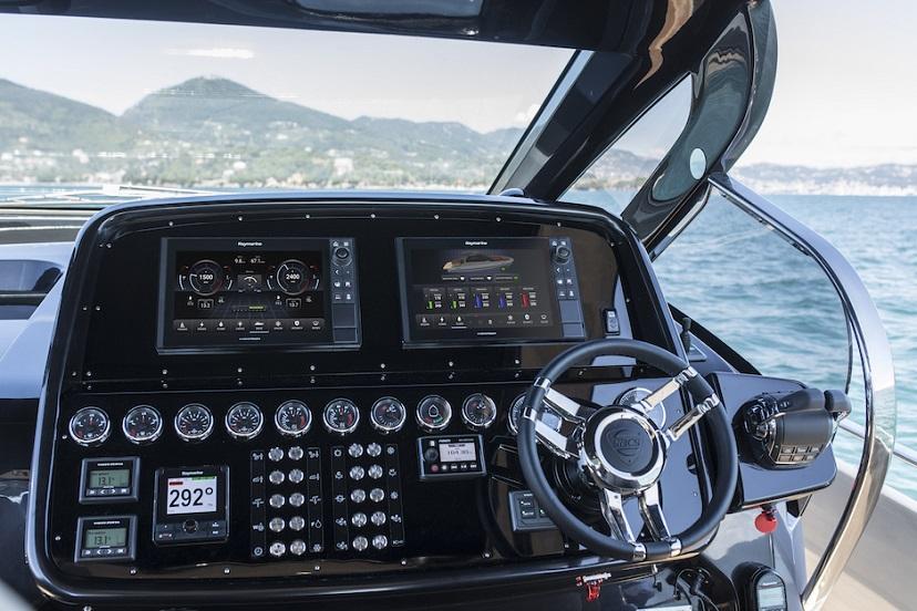 raymarine yachtsense