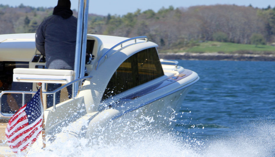 hodgdon-limo-tender-hull-418